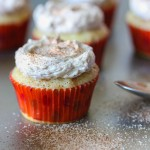 mini snickerdoodle cupcakes with cinnamon frosting